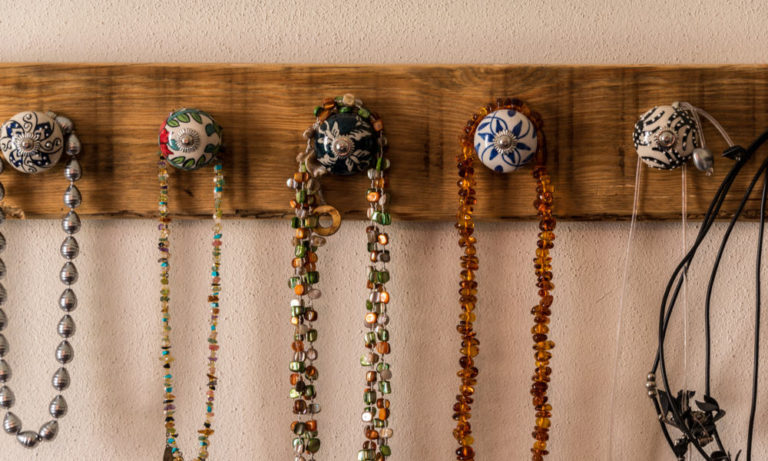 31 Jewelry Display Ideas