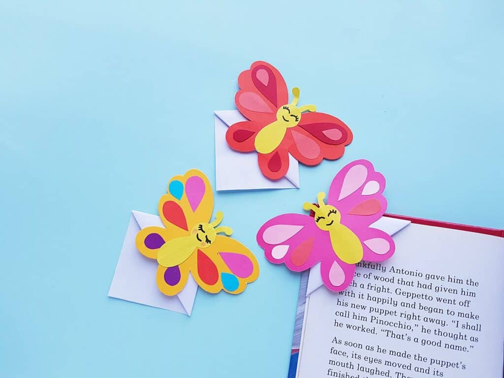 Butterfly-shaped 'Read Me' bookmark