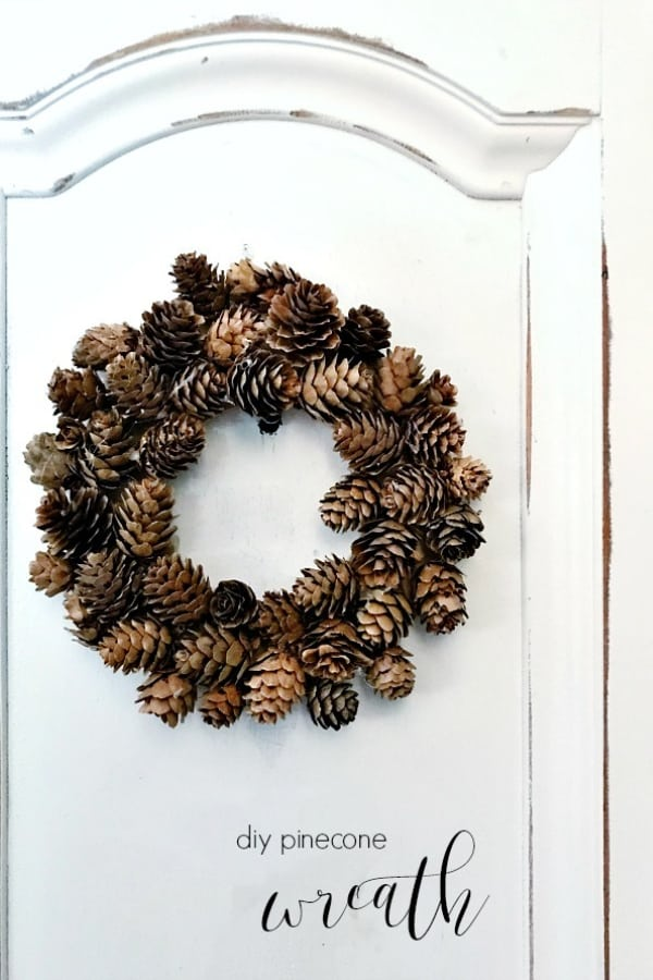 DIY PINECONE WREATH AND LITTLE MOMENTS LIKE THAT