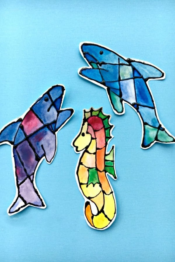Ocean-Bookmark-Ideas-–-Shark-Seahorse-Bookmarks