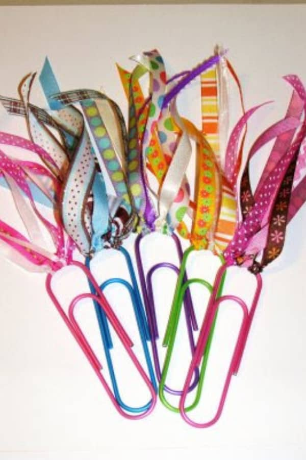 Paperclip bookmark with ribbons