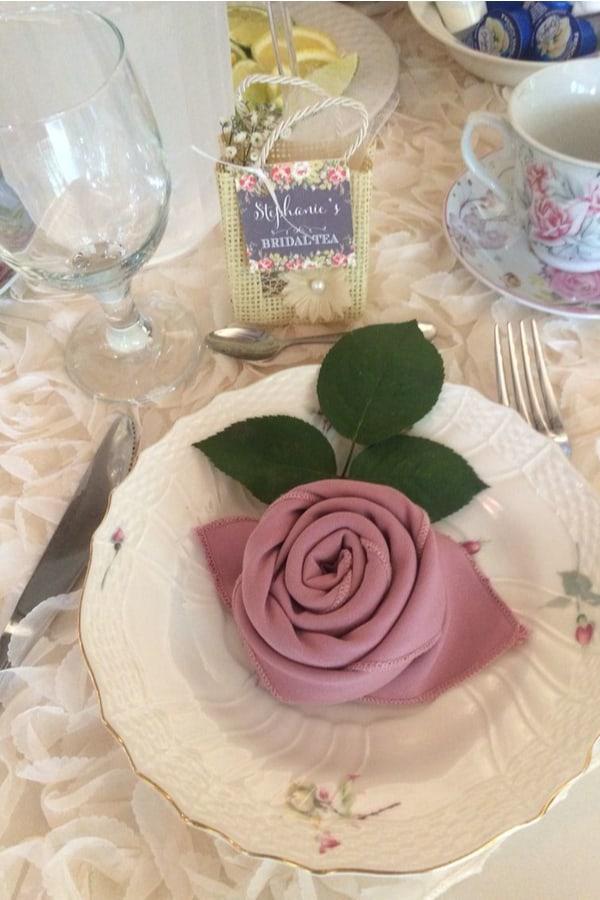 Rosebud napkin 1