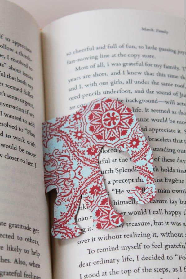 Wild animal bookmark