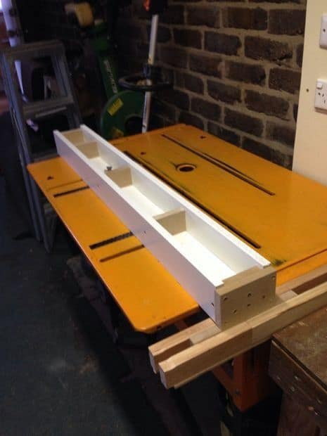 Sliding T-Square Table Saw Fence