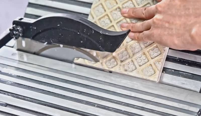 How A Wet Tile Saw Works