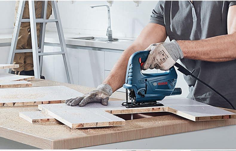 jig-saw-straight-cutting