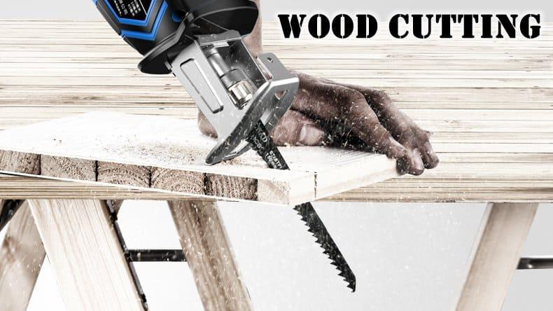 reciprocating-saw-wood-cutting