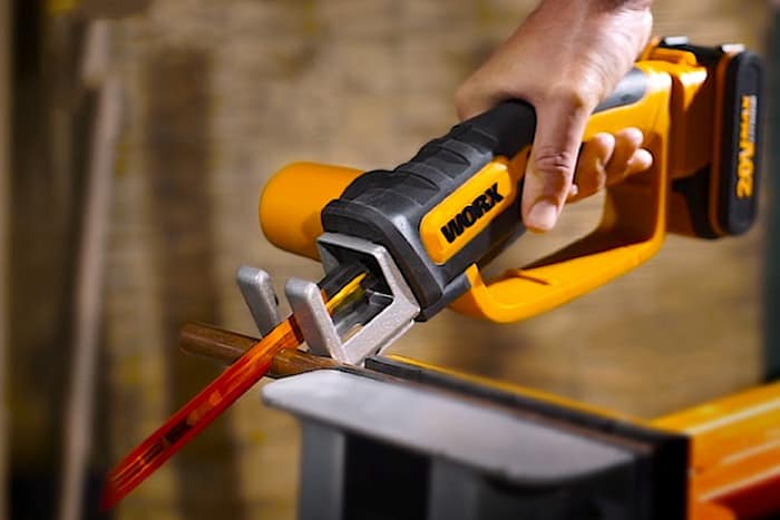 Best-Cordless-Reciprocating-Saw