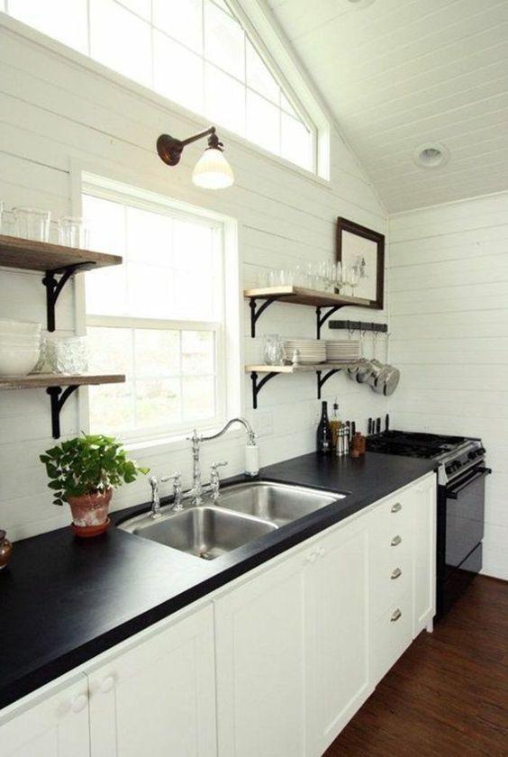 13.The Tuxedo Kitchen Idea