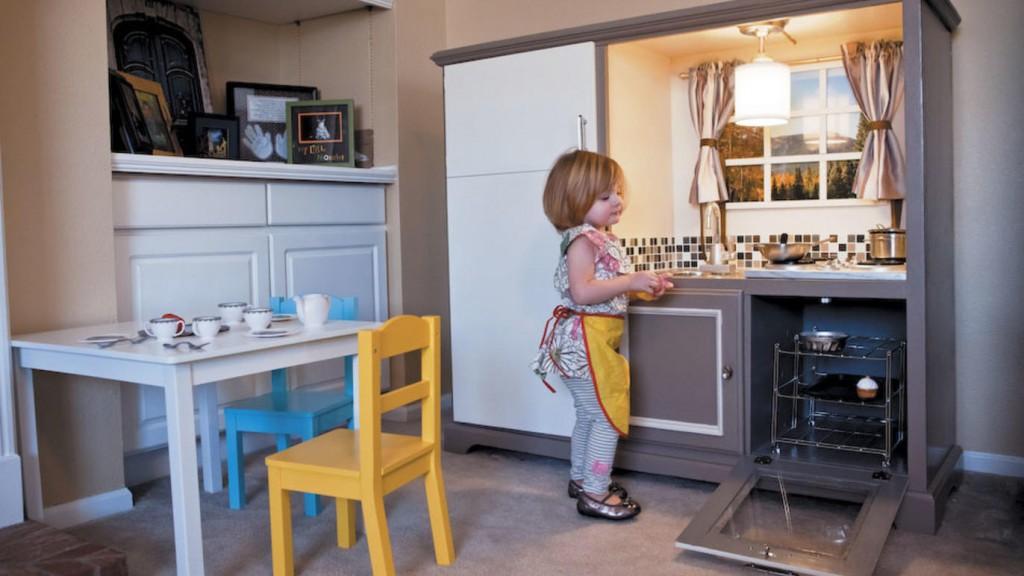 14. Ultimate DIY Play Kitchen Idea