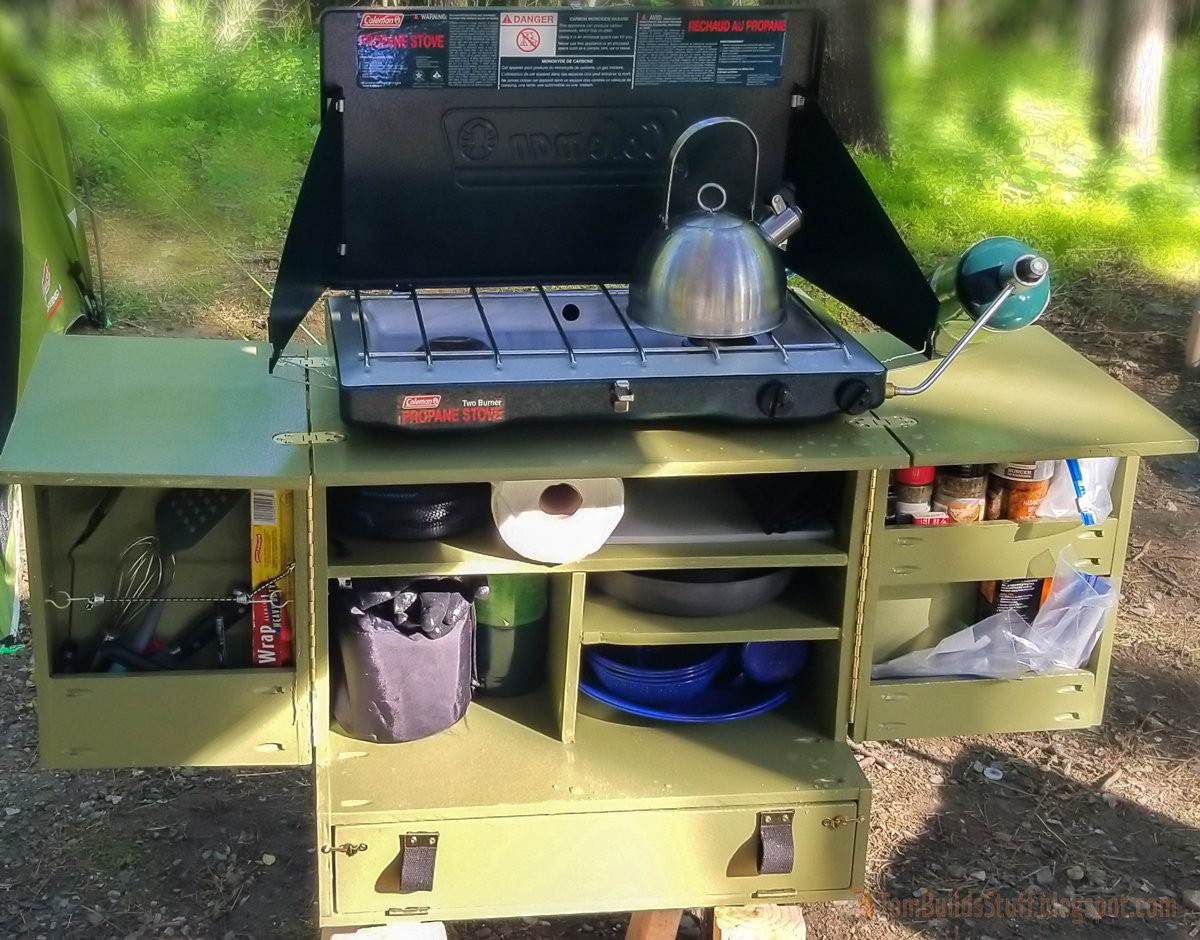 2. Simple DIY Camp Kitchen