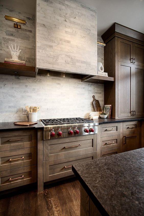 23.Transitional Kitchen Design