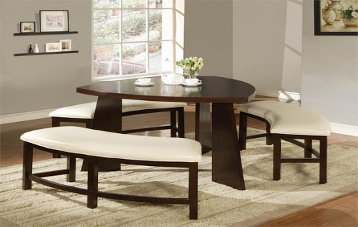 24. TRIANGULAR ELEGANCE TABLE