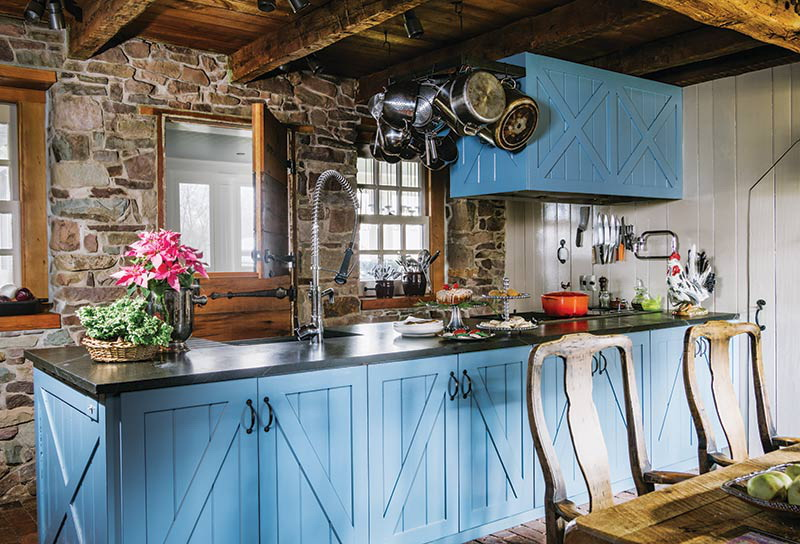25. FARMHOUSE KITCHEN ISLAND