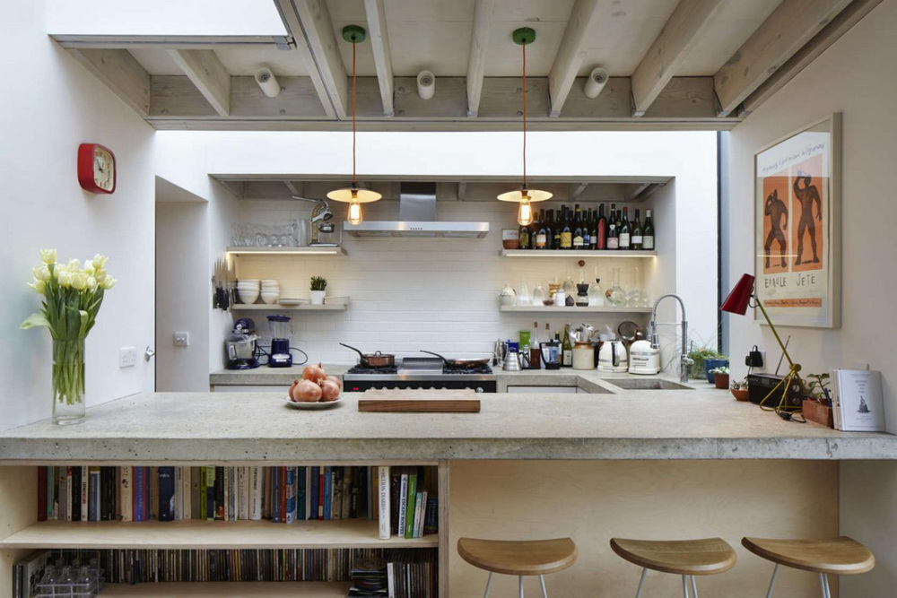 28. TINY LOFT KITCHEN WITH BAR