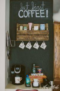 3.PALLET SHELF COFFEE BAR