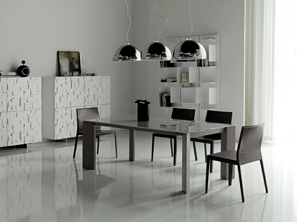 30. MINIMALIST DINING TABLE