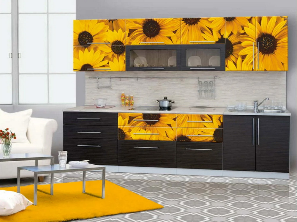 4. UPPER CABINETS WITH SUNFLOWER DECOR