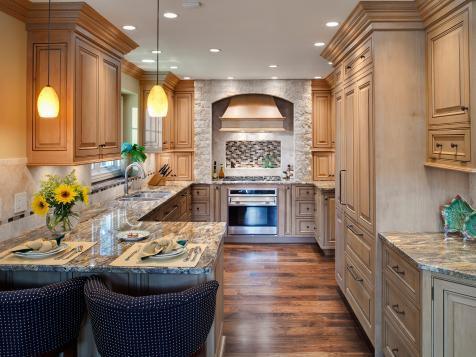5. Granite Peninsula For Beige Kitchen