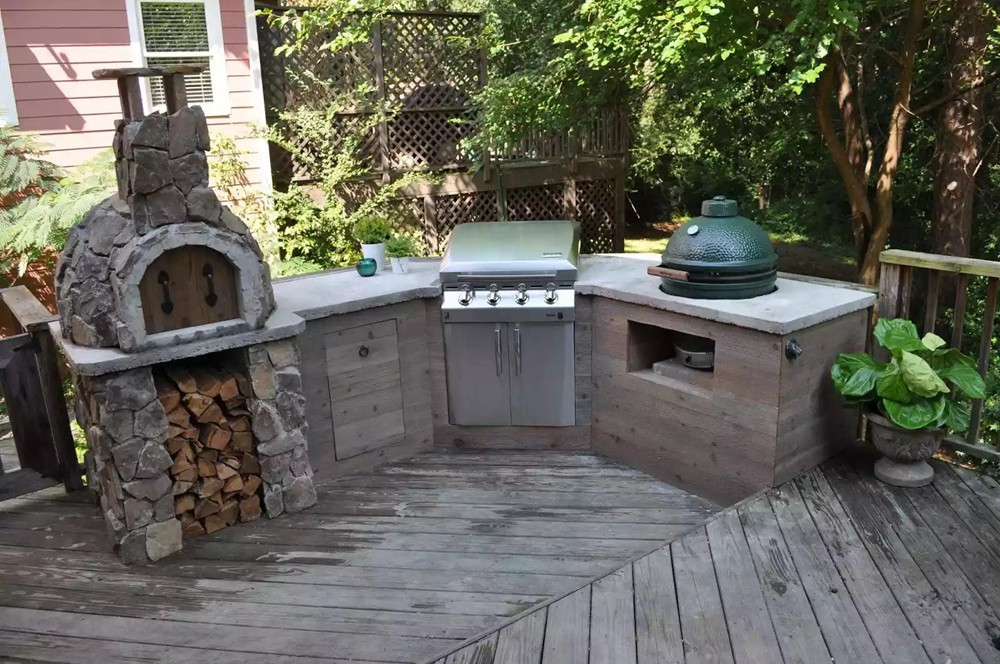 10. Concrete DIY Outdoor Kitchen