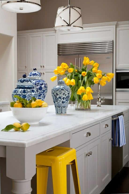 11. Adding Yellow To Your Kitchen Island