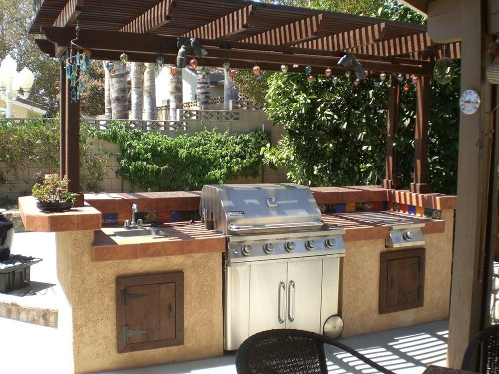 11. Large DIY Outdoor Kitchen