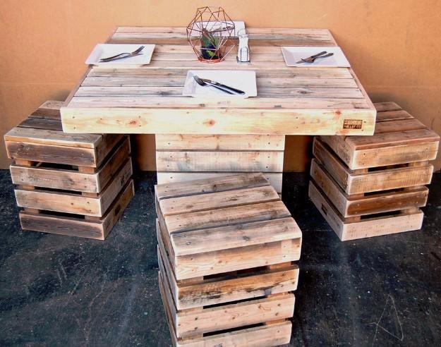 12. DIY Pallet Kitchen Table