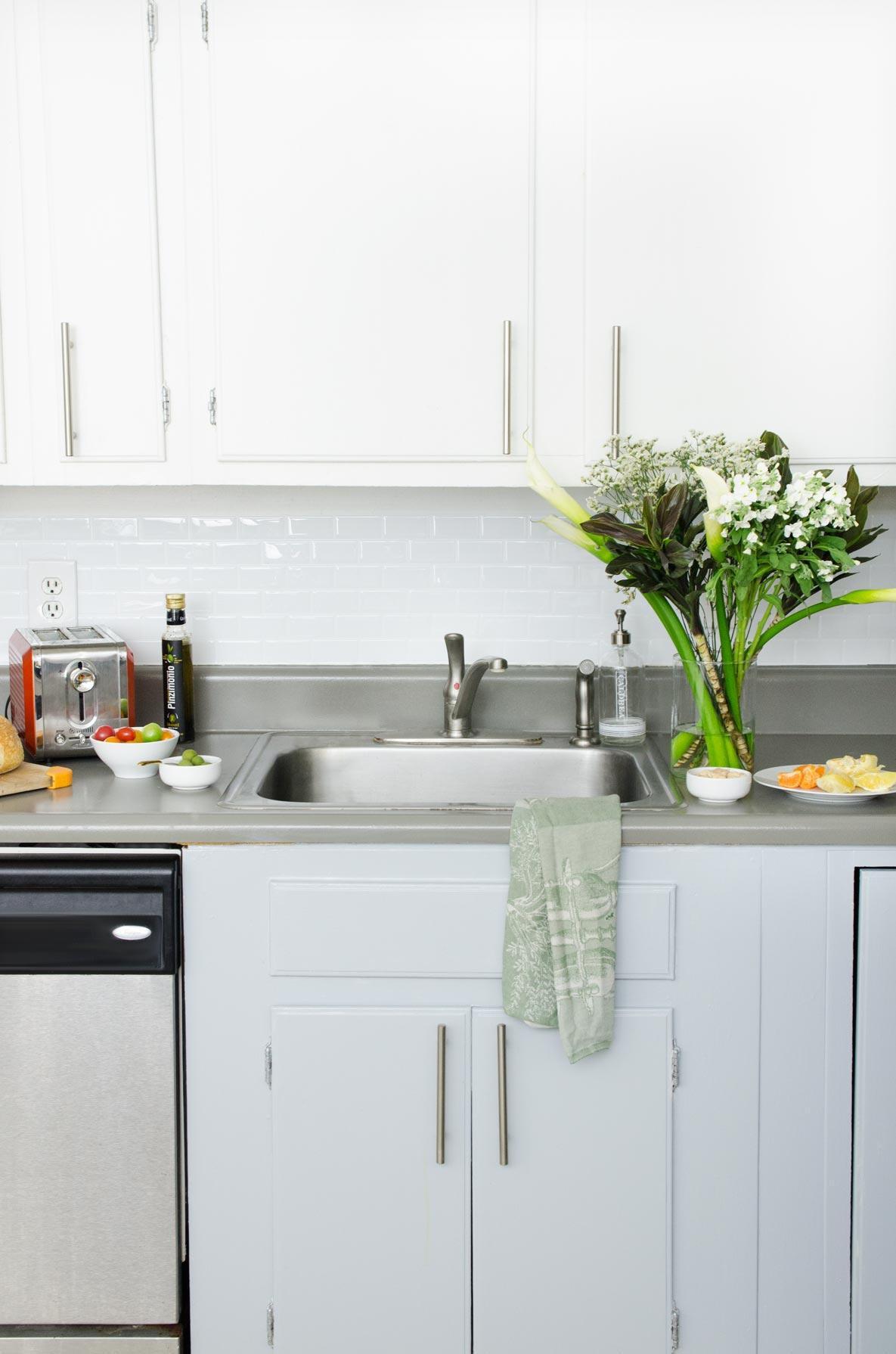 12. DIY Rental Kitchen Transformation