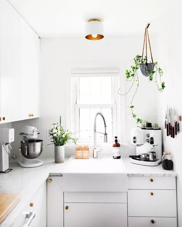 13. DIY Kitchen Redo