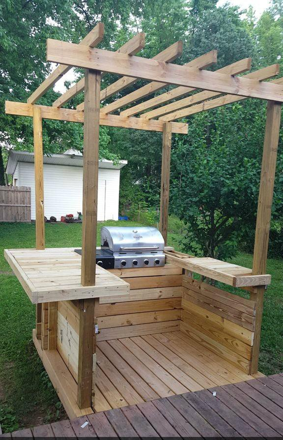 13. Outdoor Kitchen With Pergola Top