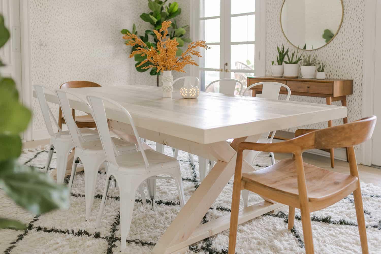14. Modern Farmhouse Table DIY