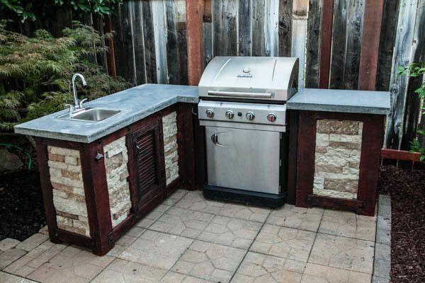 15. Budget-Friendly DIY Outdoor Kitchen