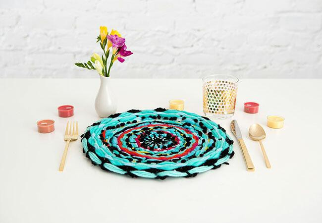 15. Colorful DIY Placemats