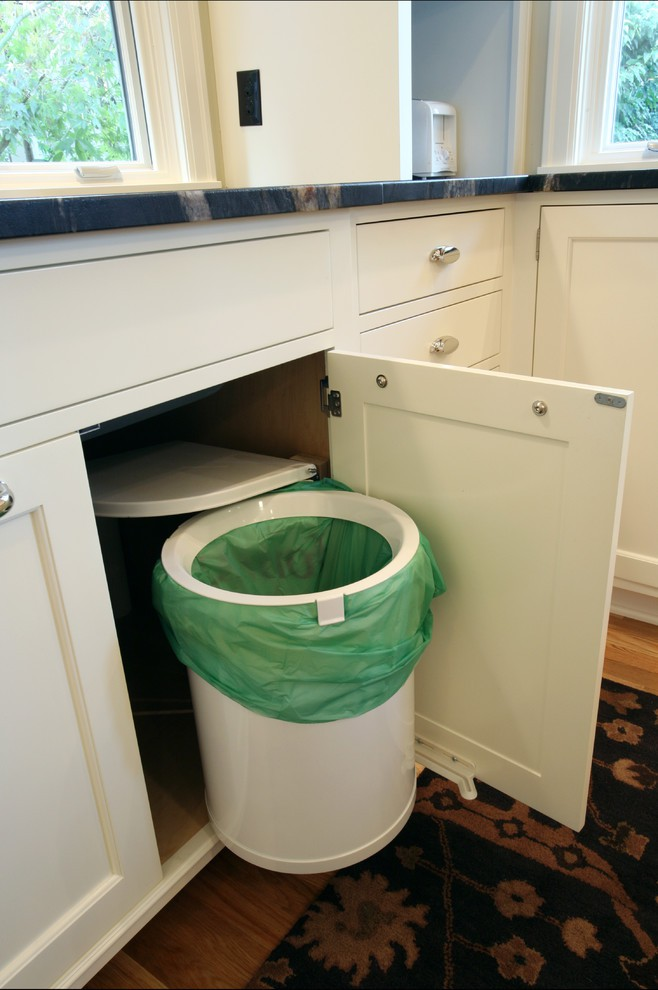 15. Pull Out Garbage Storage Idea
