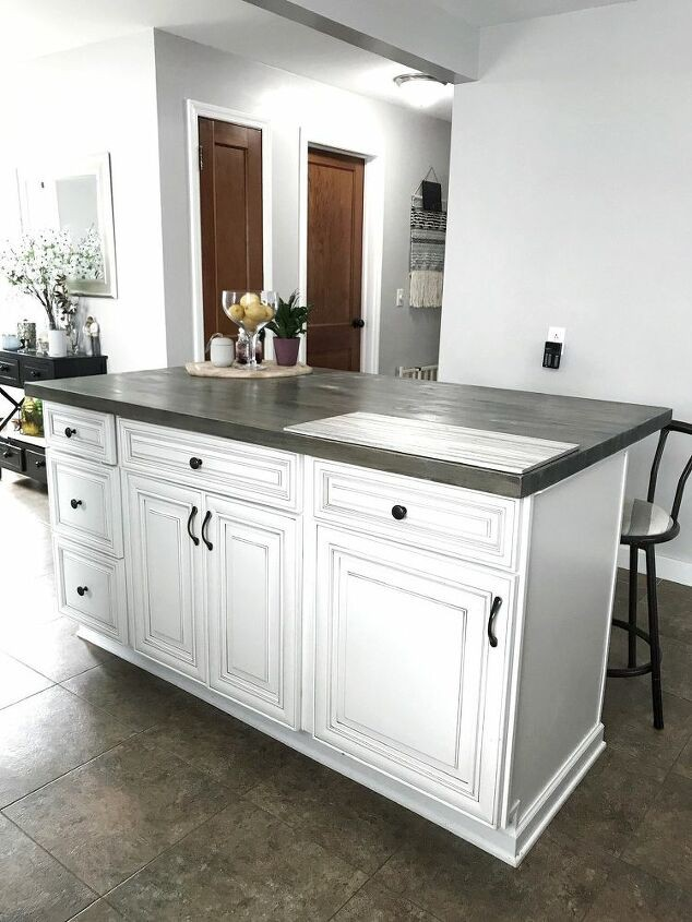 18. DIY Kitchen With Stock Cabinet
