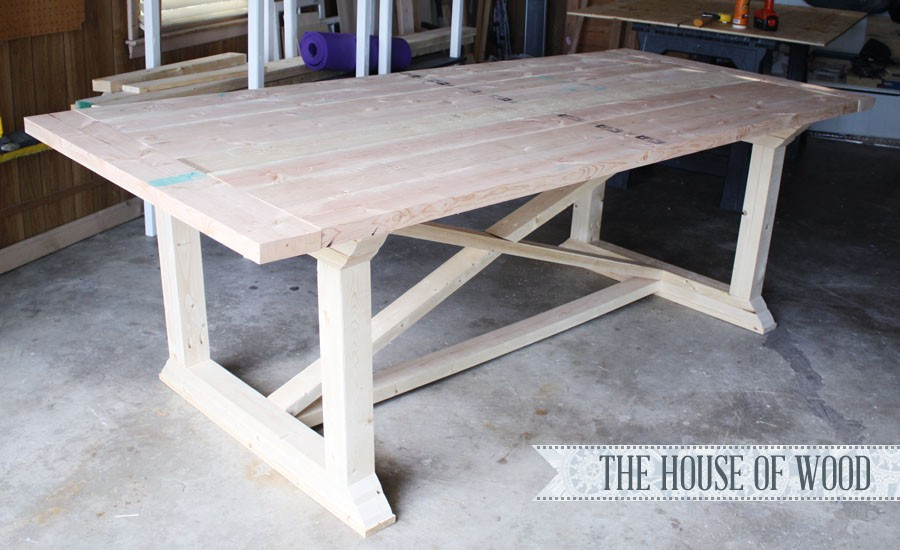 2. DIY kitchen Dining Table