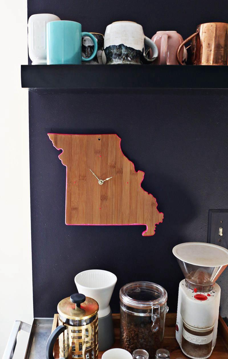 23. DIY Cutting Board Clock