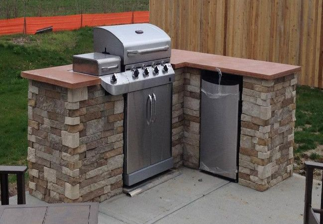 23. Low-Cost Outdoor Kitchen