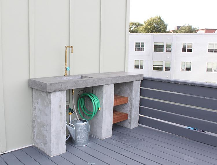 4. Concrete Countertop DIY Outdoor Kitchen