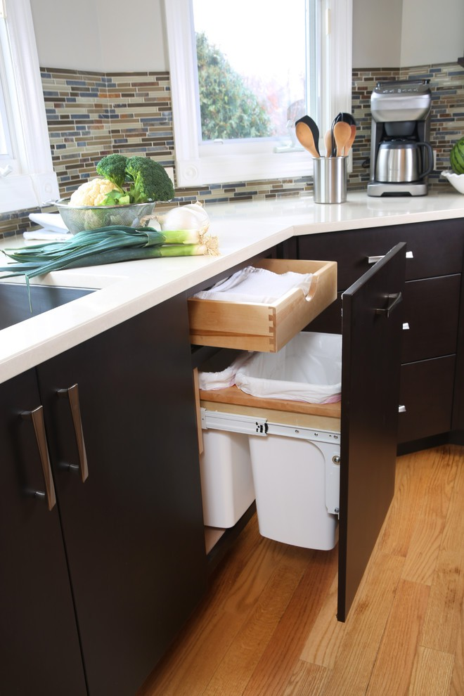 5. Bl5. Black Cabinet With Garbage Storageack Cabinet With Garbage Storage
