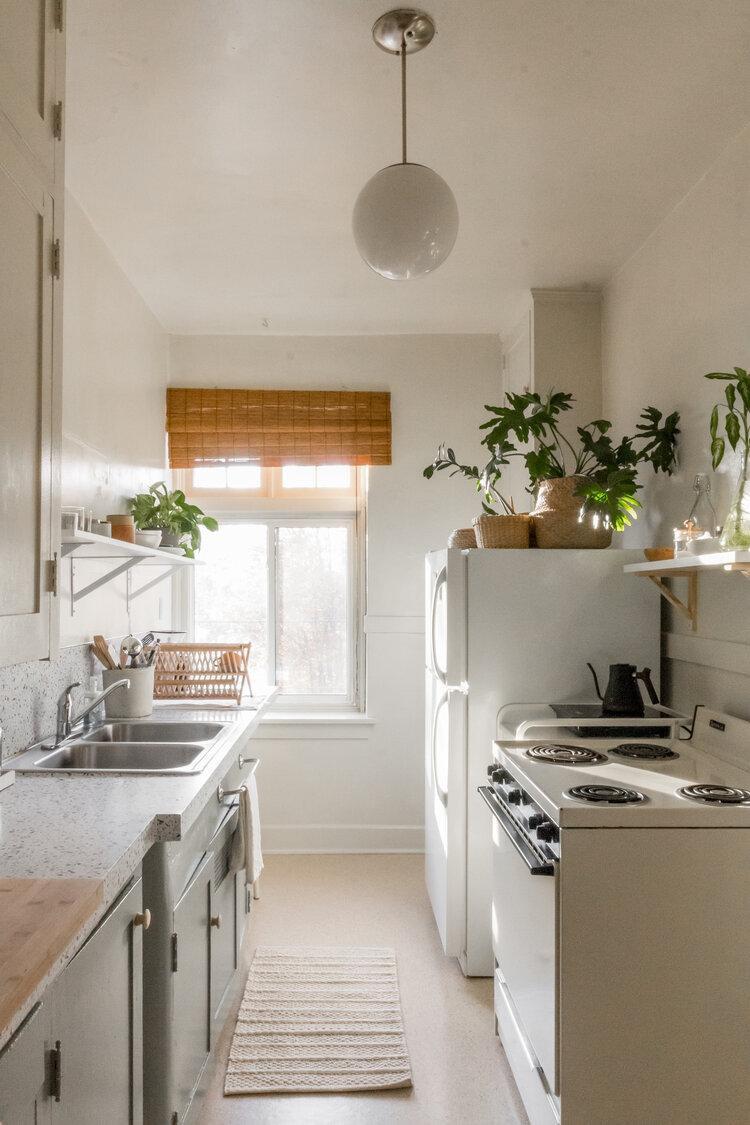 5. DIY Low Budget Rental Kitchen Makeover
