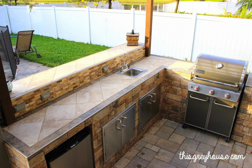 9. DIY Outdoor Kitchen