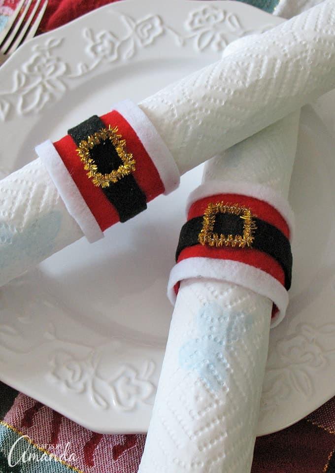 12. Santa's Belly Napkin Rings DIY