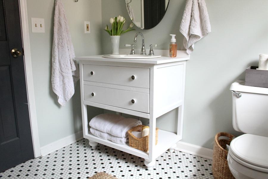 12. Vintage Style Bathroom Vanity DIY