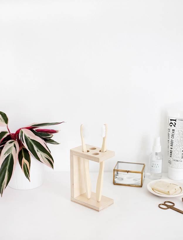 14. DIY Wooden Toothbrush Holder