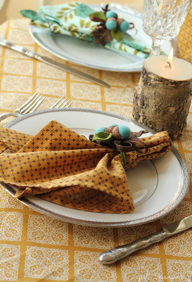 15. Fall Season Cloth Napkins DIY