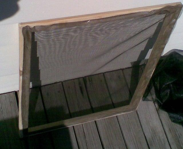 15. Low-budget Window Screen DIY
