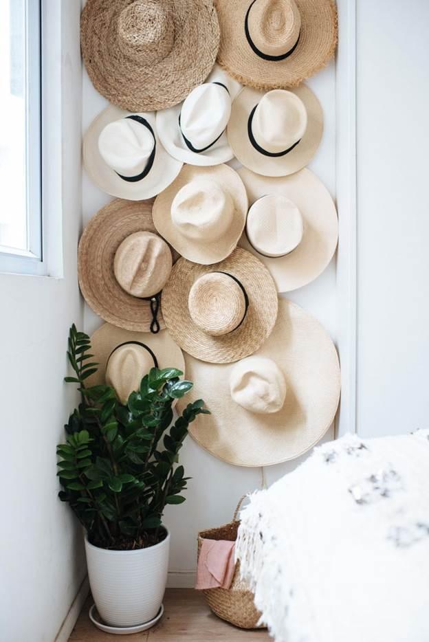 16-Crowded-Hat-Wall-DIY