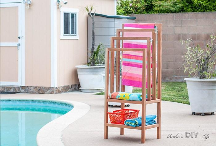 17. DIY Outdoor Towel Rack