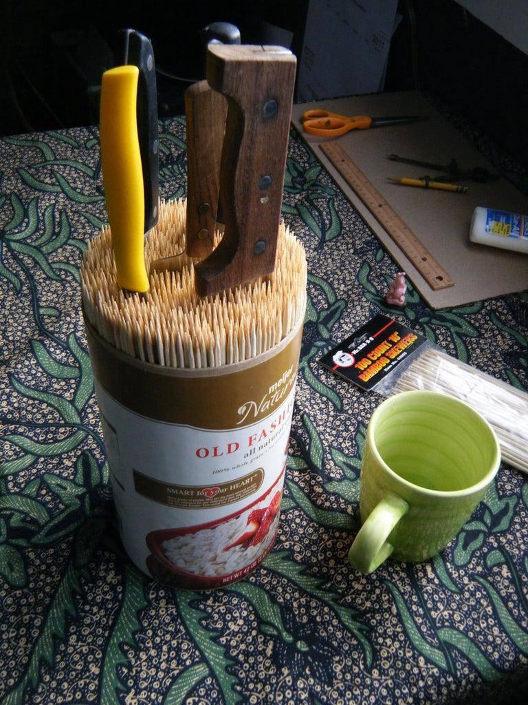 17. Low-budget DIY Knife Block Ideas